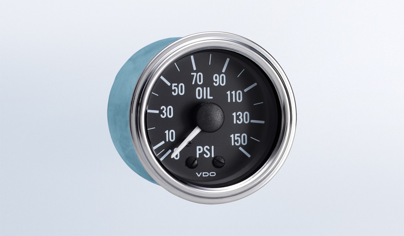 Series 1 150 PSI Mechanical Oil Pressure Gauge with Tubing Kit and Metric Thread Adapters