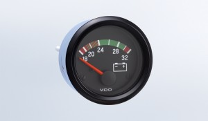 Cockpit International 24V Voltmeter, M4 Stud Connection