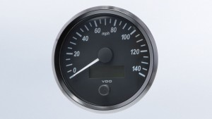 SingleViu  100mm J1939 140mph speedometer.  Retail pack with harness