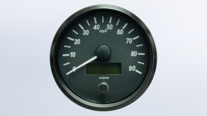SingleViu  100mm J1939 90mph speedometer.  Retail pack with harness