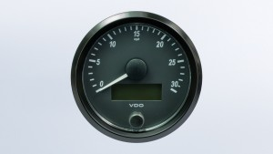 SingleViu  80mm J1939 30mph speedometer. Retail pack with harness