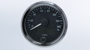 SingleViu  80mm J1939 140mph speedometer.  Retail pack with harness