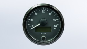 SingleViu  80mm J1939 160mph speedometer. Retail pack with harness