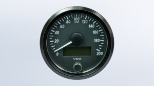 SingleViu  80mm 200km/h speedometer. Retail pack with harness