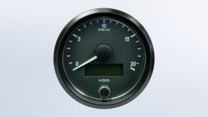 SingleViu  80mm J1939 2000RPM tachometer.  Retail pack with harness