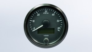 SingleViu  80mm 6000RPM tachometer.  Retail pack with harness