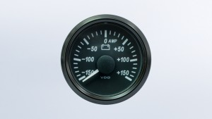 SingleViu  52mm 150A ammeter gauge. 60mV shunt required.   Retail pack with harness
