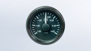 SingleViu  52mm 60A ammeter gauge. 60mV shunt required.  Retail pack with harness