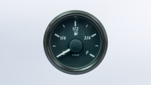 SingleViu  52mm fuel level gauge. E-F scale. 240-33 ohm sender required. Retail pack with harness
