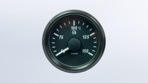 SingleViu  52mm 150°C oil temperature gauge.  322-18 ohm sender required. Retail pack with harness